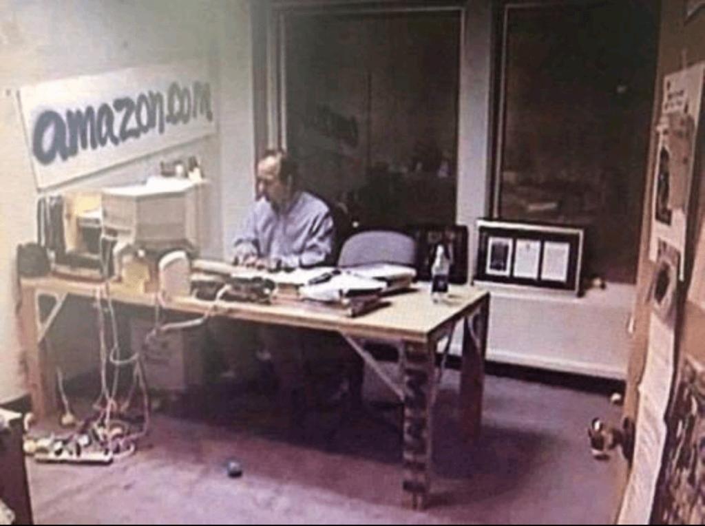 il fondatore di Amazon, Jeff Bezos, negli anni 90